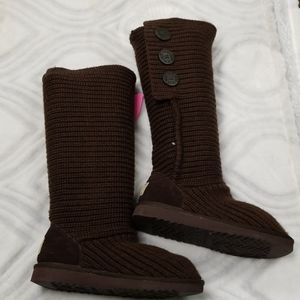 Ugg brown knit boots size 7